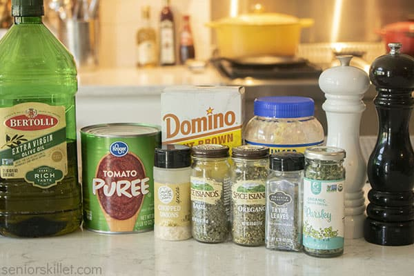 Ingredients for Easy Pizza Sauce